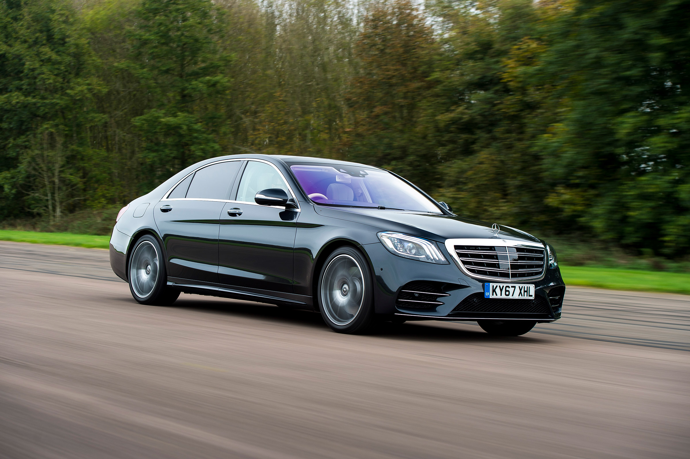 Mercedes S class - Top selling executive sedans and saloons