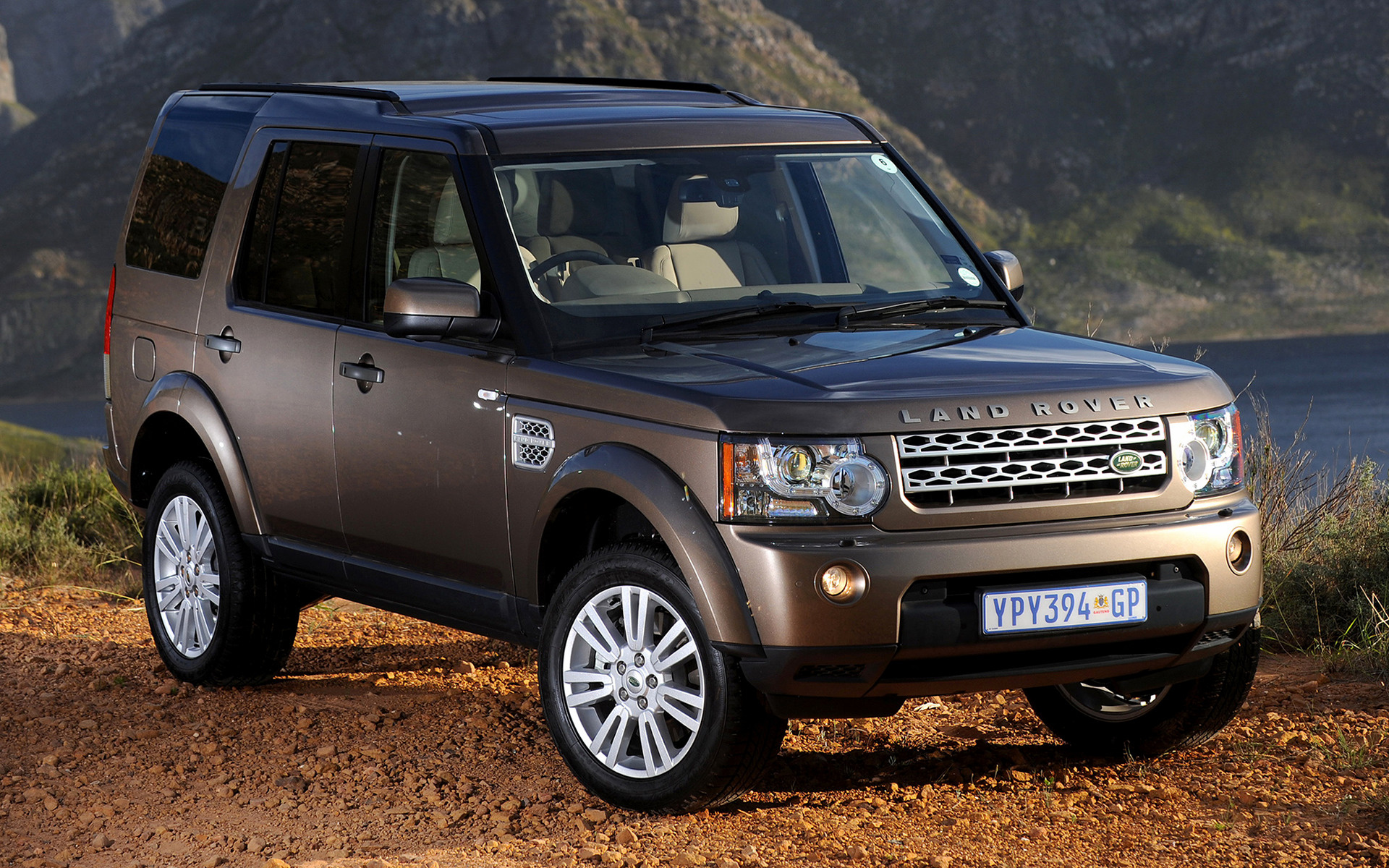 discovery 4 - Top Selling SUVs
